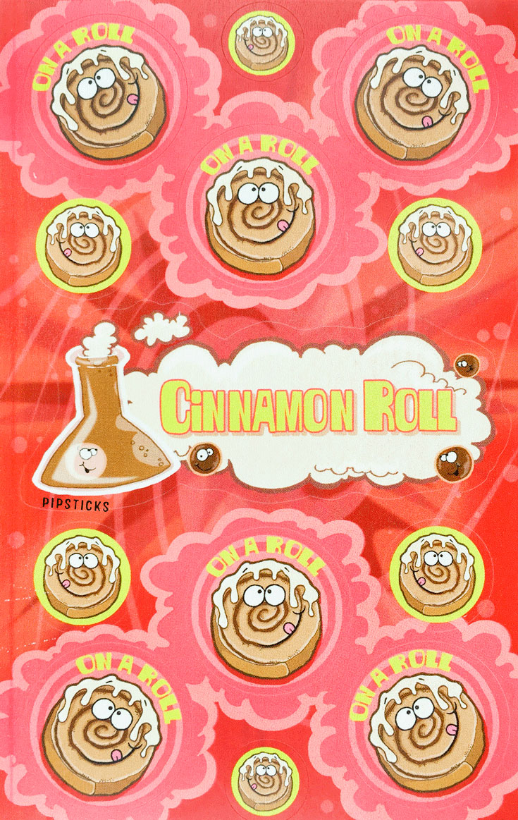 cinnamon-roll-scent_scratch n sniff