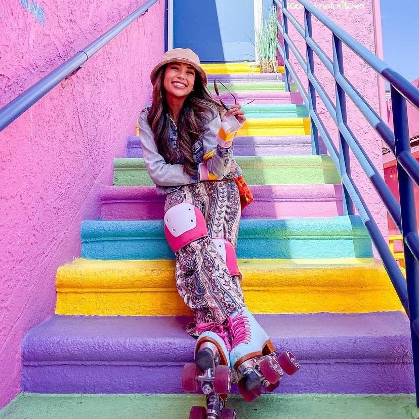 Mox Skates - Rainbow Stairs