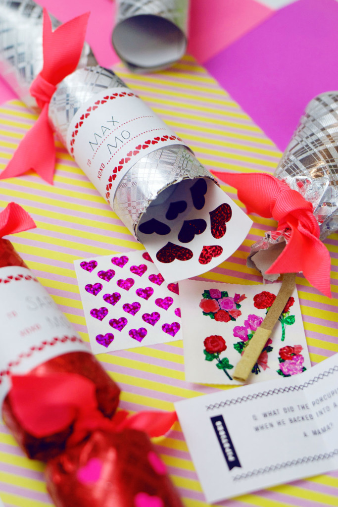 Sticker Valentine Cracker